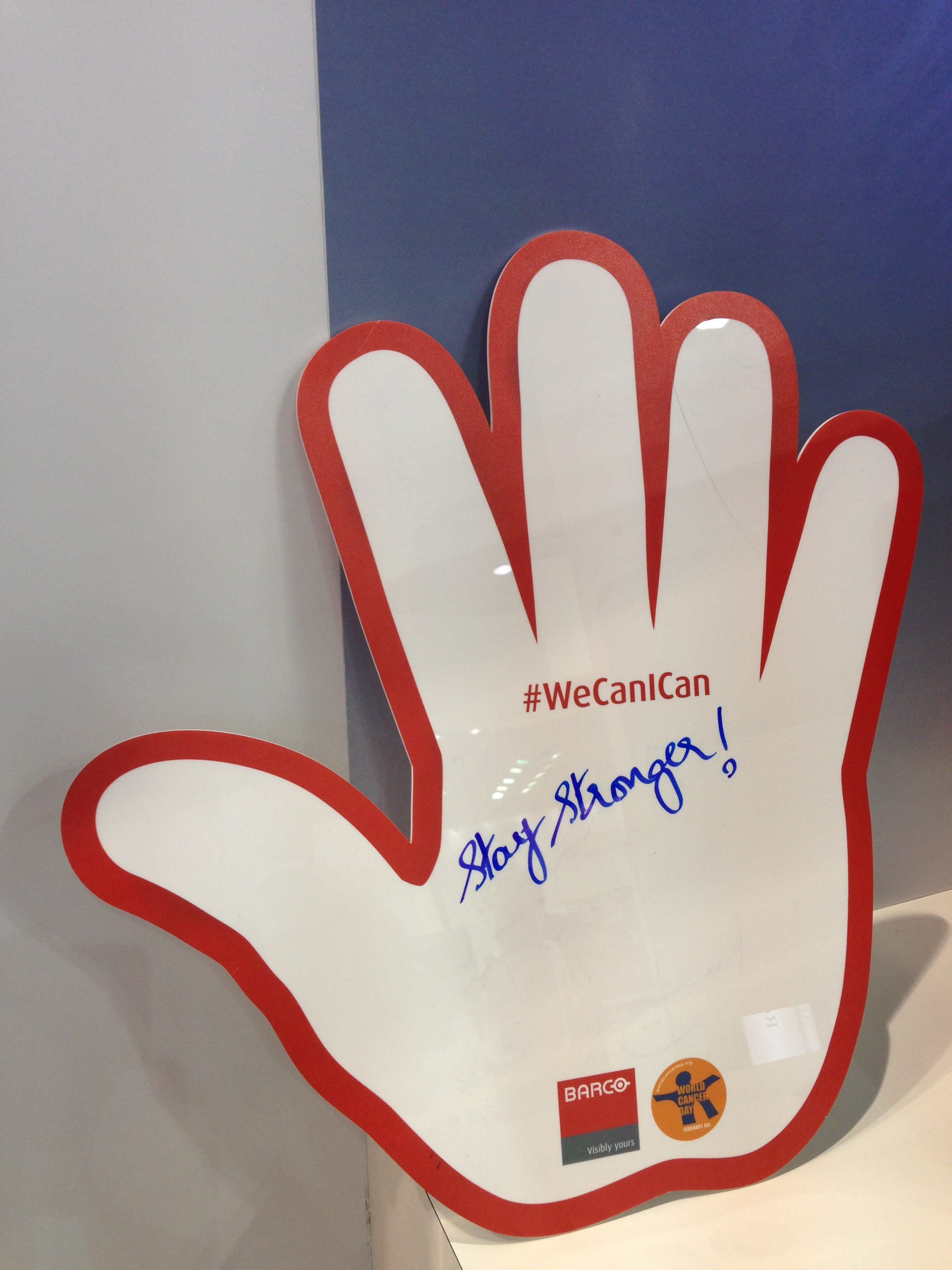 Barco supports World Cancer Day with Talking Hands campaign #WeCanIcan