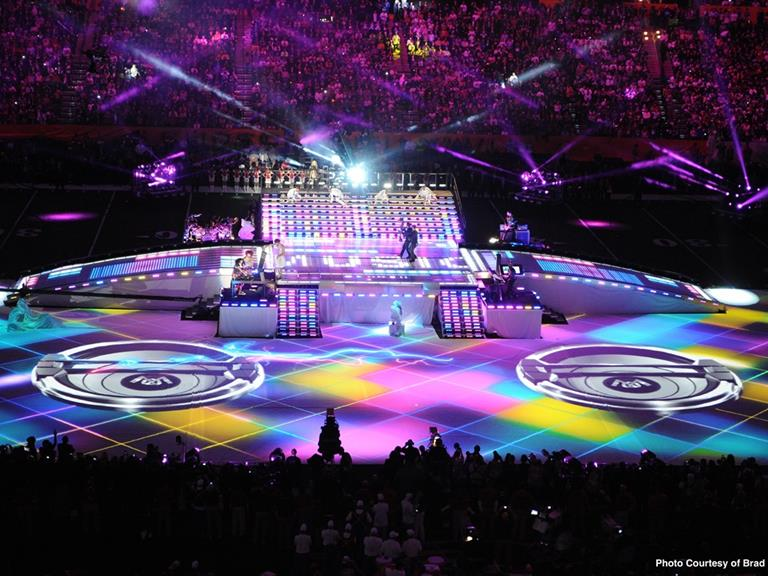 Barco Enlivens Super Bowl 2012 Halftime Show