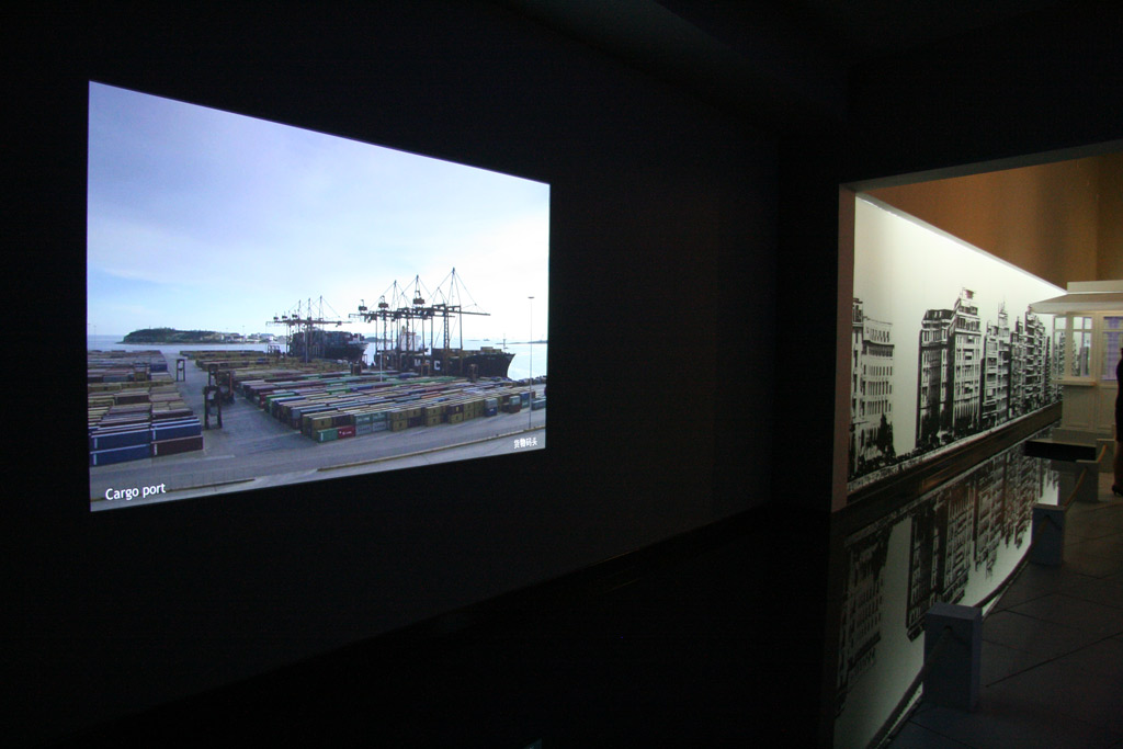 barco projection systems a worldwide niche Barco projection systems a worldwide niche marketing - deals with the issue of niche marketing in a worldwide market barco projection systems makes video, data, and graphics projectors for the industrial.